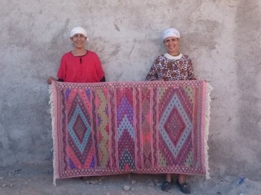 Pink, Black Wool Thread  and Wool Hanbel