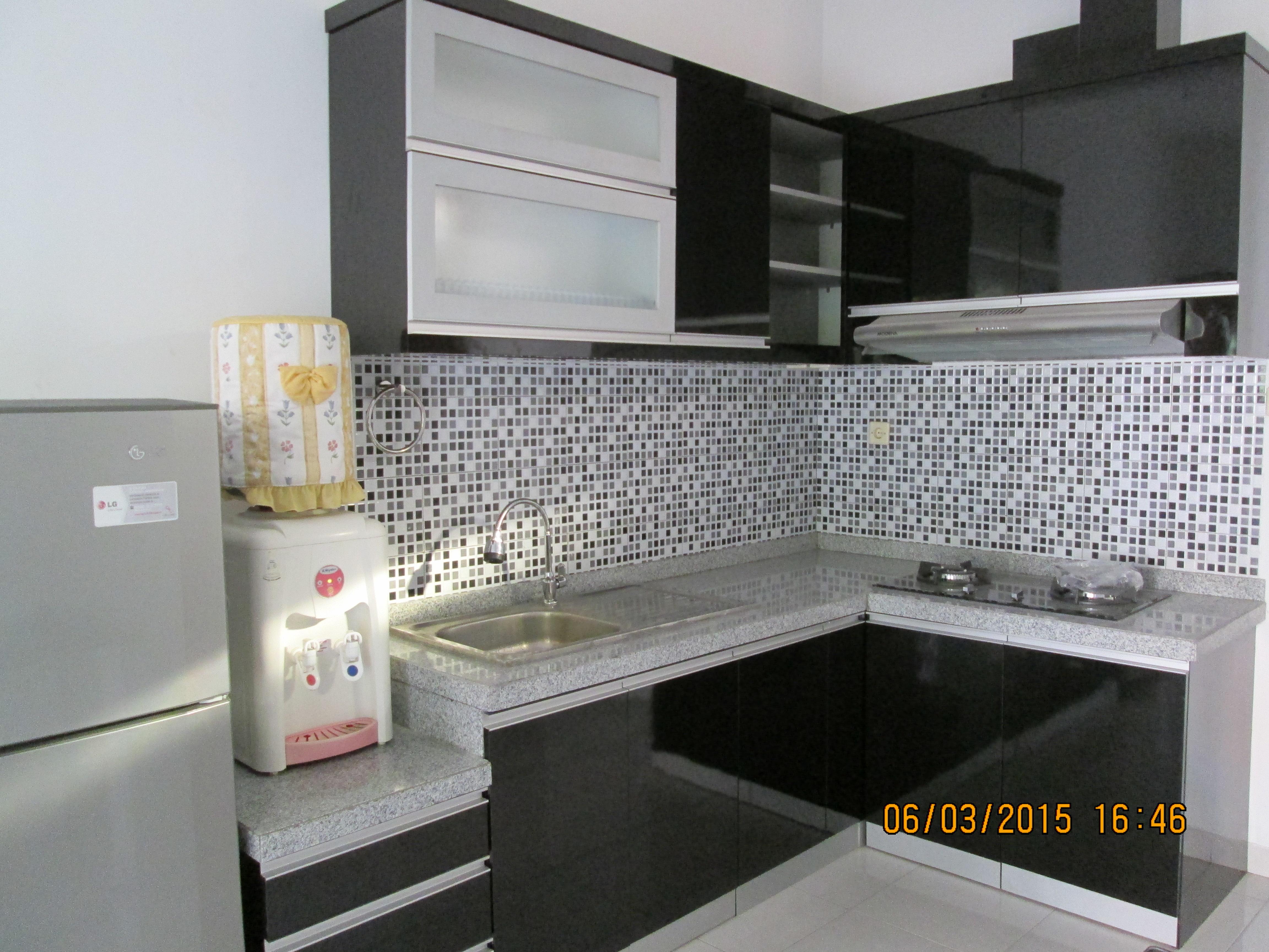 Black Kitchen Set | SARAÈ