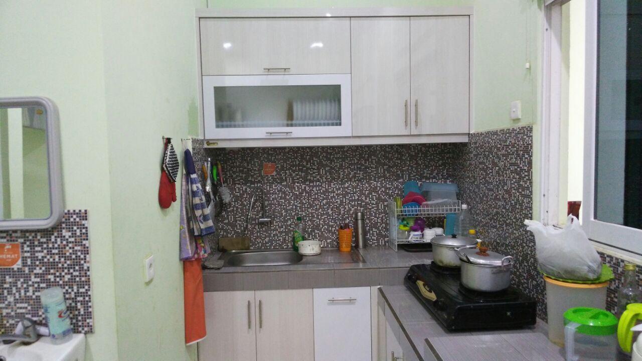 White Minimalist Kitchen Set | SARAÈ