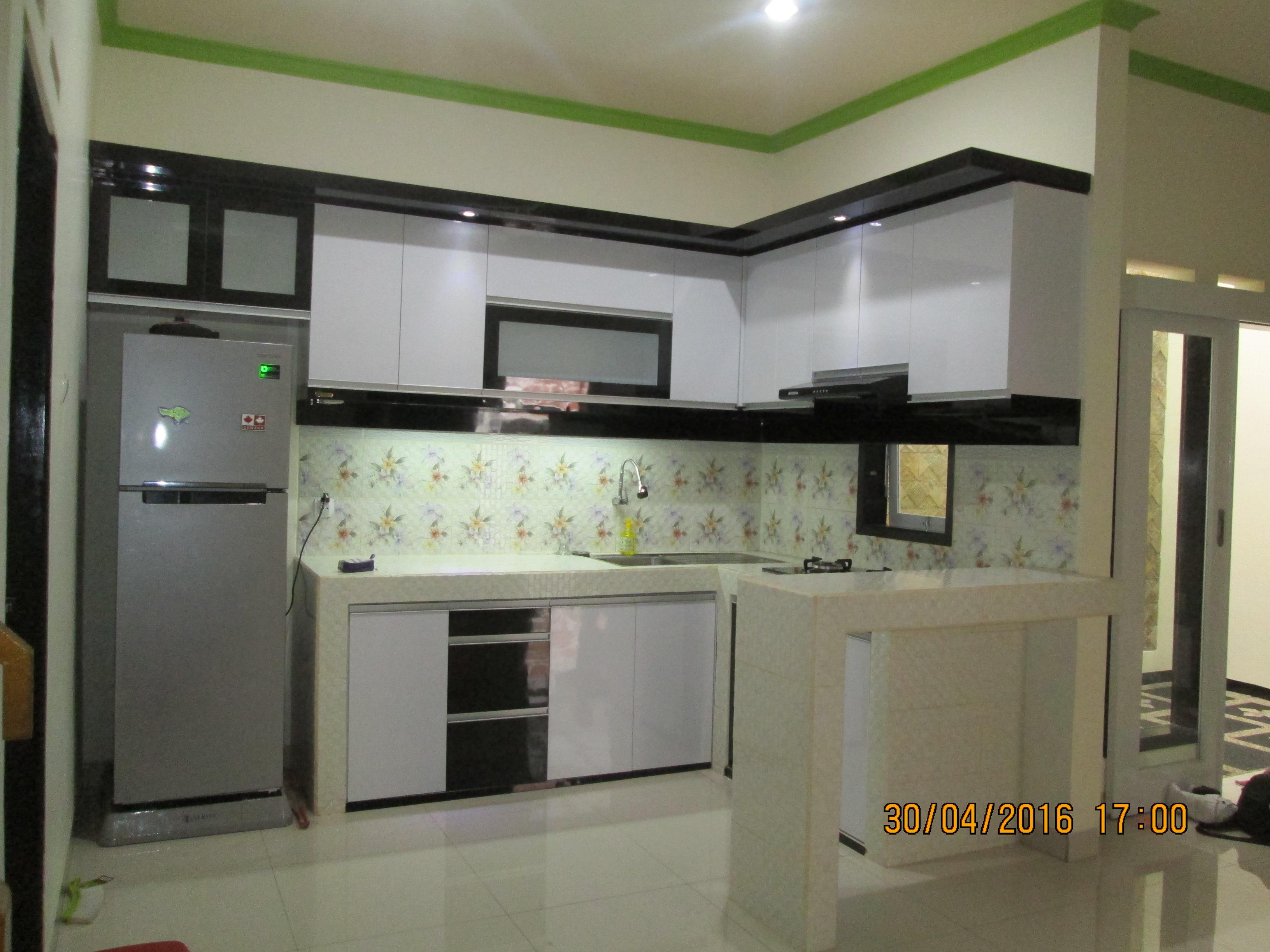 White Kitchen   SARAÈ