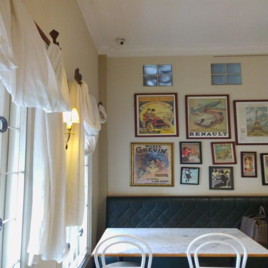 #TodayReview, Bakery Klasik Pembawa Nostalgia: Rasa Bakery & Café | SARAÈ Blog