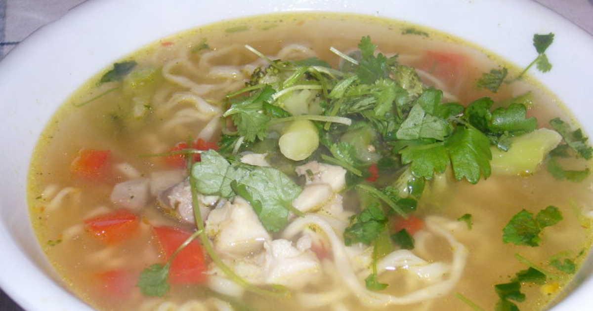 soppa med nudlar
