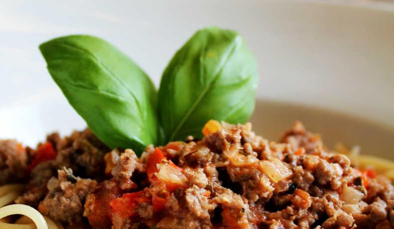 kryddstark köttfärssås recept