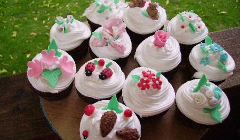 baka cupcakes tillbehör