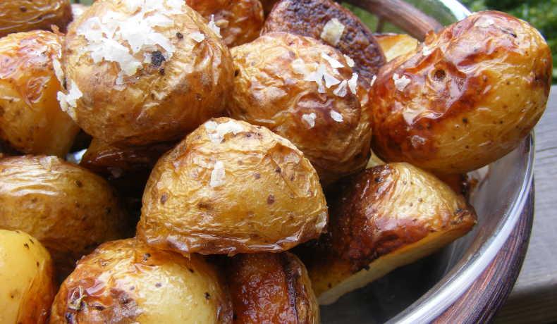 ugnsstekt potatis hel