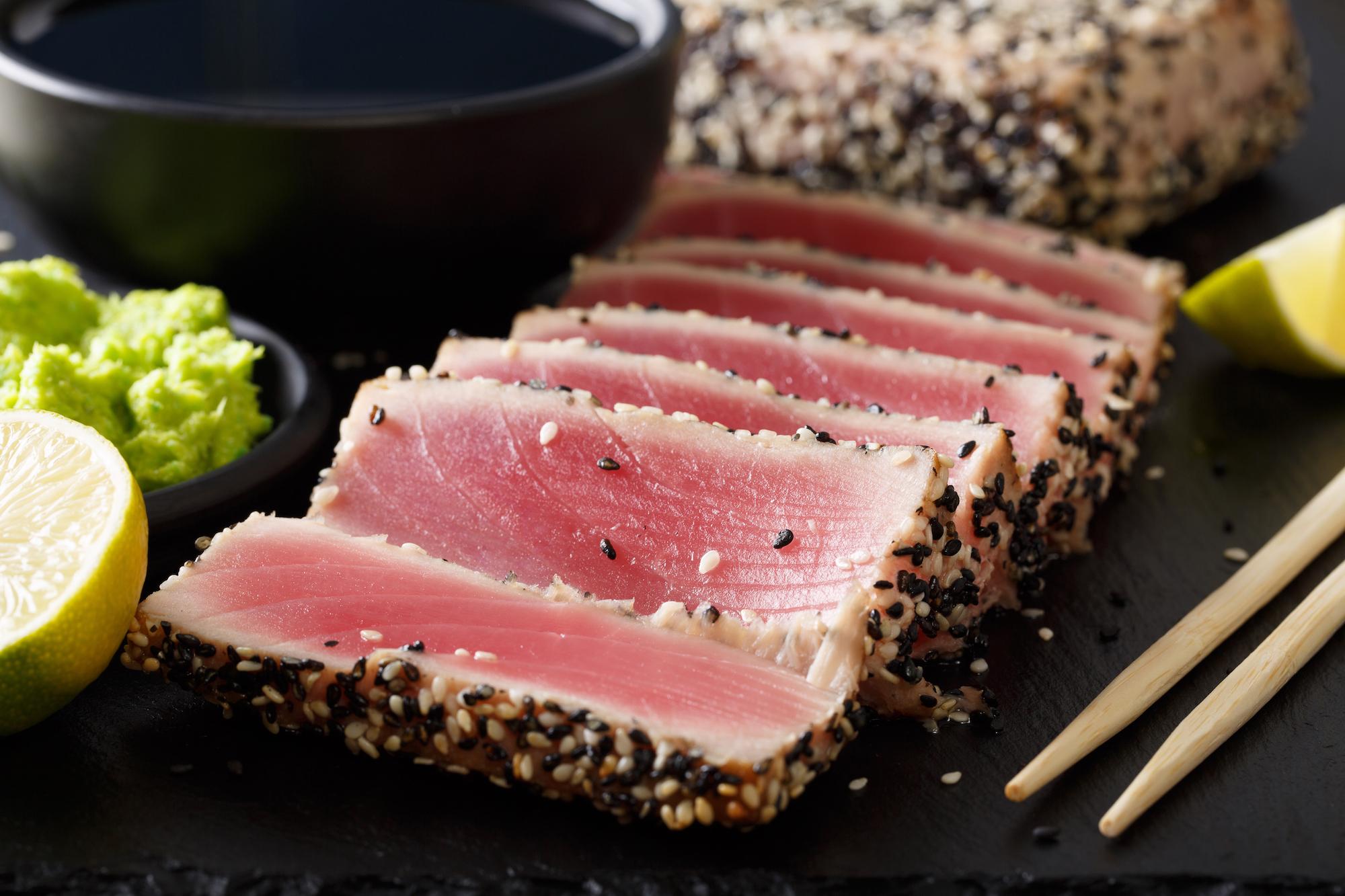 vad äter tonfisk