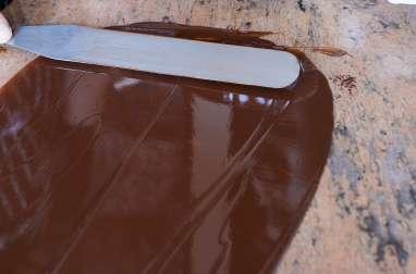 Tabler le chocolat au marbre