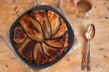 Gâteau d'Aubergines au Riz et Viande Hachée