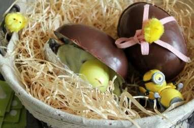 Oeufs surprise au chocolat