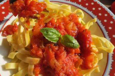 Tagliatelle & Sauce aux Tomates Fraîches, « tout fait maison »