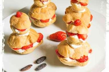 Religieuses aux fraises, chantilly aux fèves tonka
