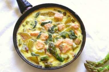 Frittata aux asperges et au saumon