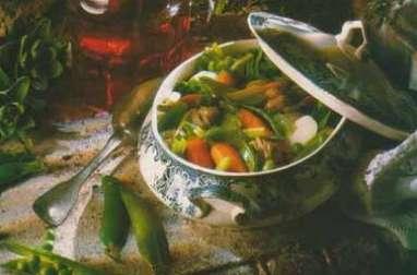 Petit ragoût de légumes nouveaux au parfum d'estragon et piment d'Espelette