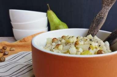 Salade d'endives aux poires, noisettes et comté