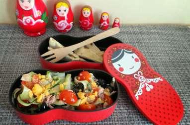 Bento de salade de courgettes composée