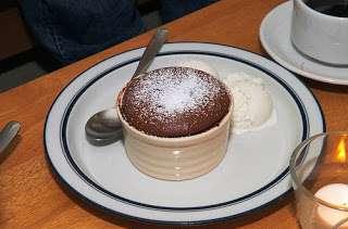Gâteau fondant au chocolat, cœur de spéculoos (Etats-Unis)