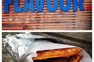 Tacos de gaufres d'avoine aux œufs brouillés et saucisses (breakfast Etats Unis, Canada)