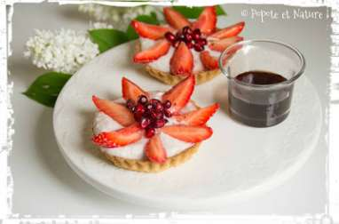 Petites tartelettes aux fraises et découverte du confit d'hibiscus