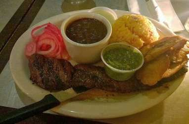 Churrasco (bœuf grillé) en sauce molho campanha - cœur de palmier
