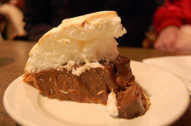 Tarte au chocolat, meringue à la guimauve (Québec, Canada)