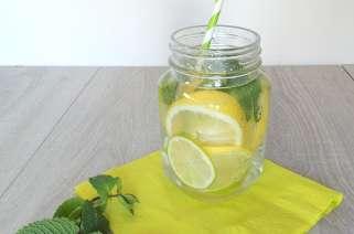 Eau désaltérante aux deux citrons