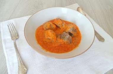 Boulettes de bœuf épicées et sauce tomate maison
