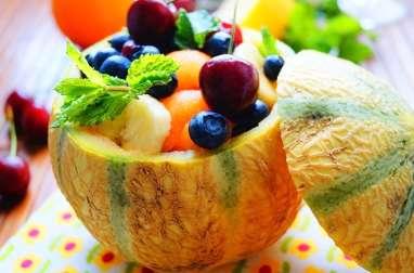 Salade de fruits dans un melon