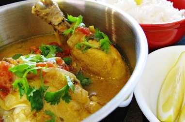 Kuku paka (curry de poulet kenyan au lait de coco)