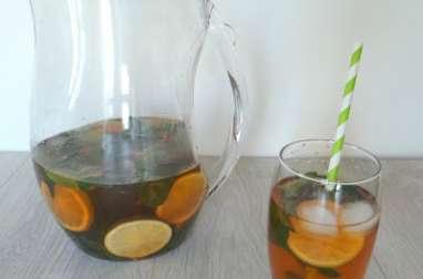 Thé glacé à la menthe bergamote et citron vert