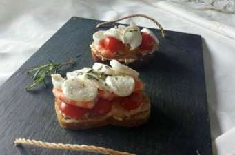 Tartine tomate - mozzarrella