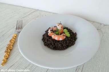 Salade de lentilles Beluga aux crevettes marinées