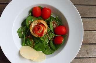 Roses de saumon et chèvre frais