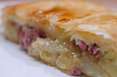 Feuilleté au camembert et aux lardons