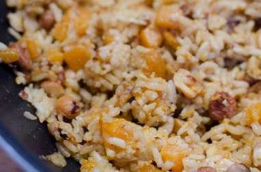 Poêlée de riz à la courge butternut et aux noisettes