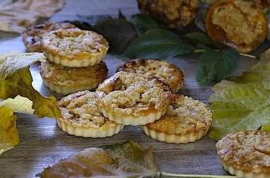 Petits gâteaux crumble aux pommes et chocolat blanc