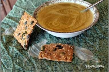 Velouté végan poireaux pois cassés crème de coco et curry