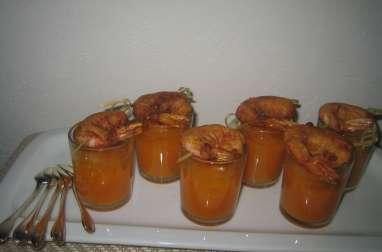 verrines apéritives de crème de patate douce, gelée de lait de coco aux zestes de mandarine, beignet de crevette