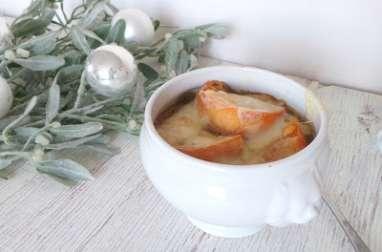 Soupe à l'oignon gratinée au Beaufort