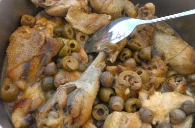 Poulet aux olives et champignons en cocotte