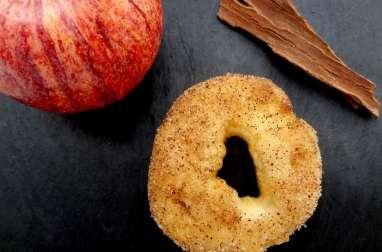 Beignets croustillants pomme cannelle