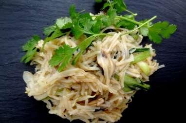 Nouilles de riz sautées aux champignons