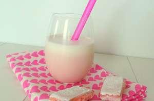 Milkshake aux biscuits roses de Reims