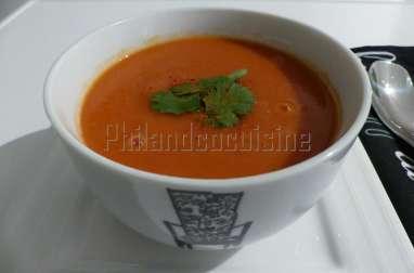 """""""THE"""" soupe à la tomate"""