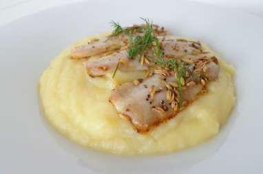 Filets de sardines aux graines de fenouil sur lit de purée de fenouil, pommes et pommes de terre