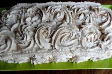 Gâteau aux amandes et café