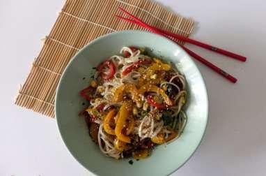 Salade d'Udon aux deux poivrons