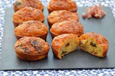 Cakes aux lardons et aux pruneaux de Sophie Dudemaine