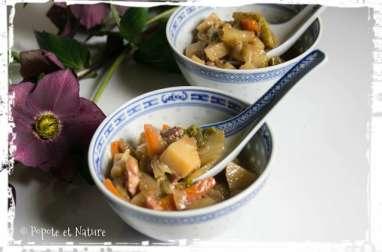 Potée de chou chinois aux carottes et pommes de terre à la chinoise