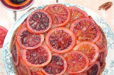 Gâteau renversé à l'orange sanguine et aux noix de pécan