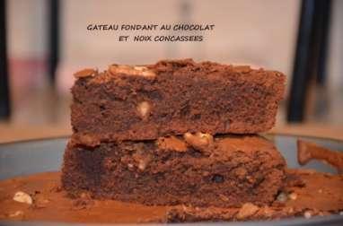 Gateau fondant au chocolat aux noix